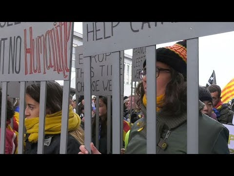 Catalonia independence supporters protest in Brussels for EU support