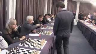 Repeat youtube video 2014-01-14 MG A.Morozevich simultanios. Taganrog