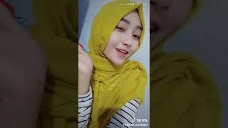 Tik Tok Id: Sela6003 Hijab Cantik😂
