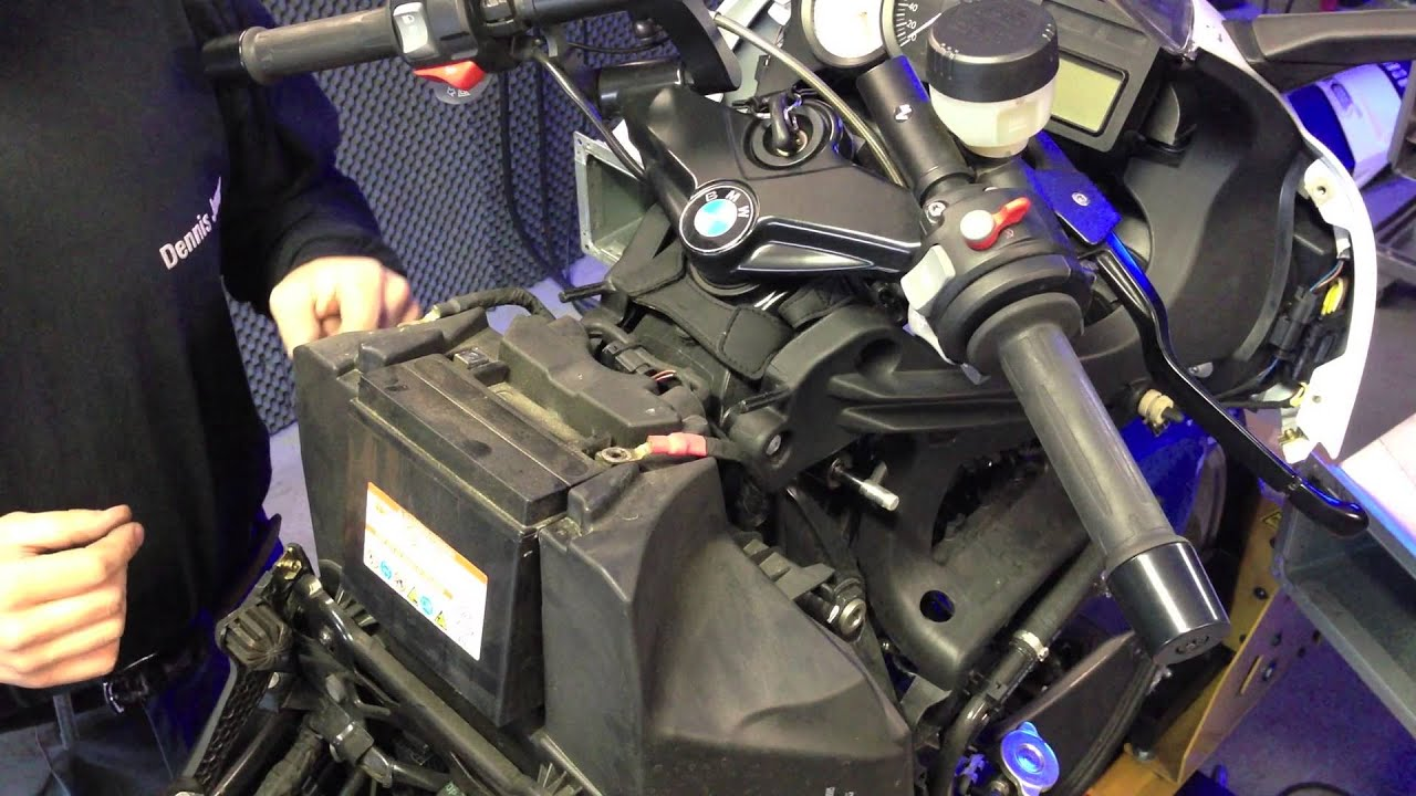 Einbau Power Commander in eine BMW K1200S bzw K1300S  YouTube