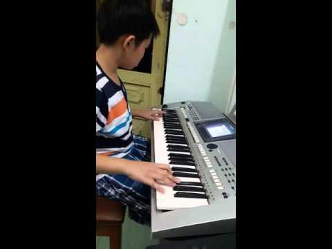Độc tau organ Lyphard melody