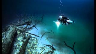 Hidden Underwater River Flowing Under the Ocean in Mexico 2014