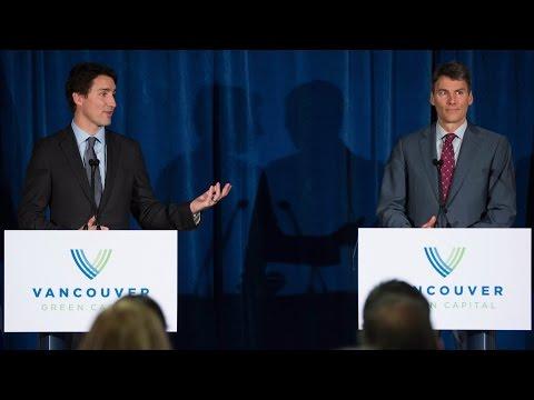 Trudeau and Vancouver mayor discuss pot decriminalization