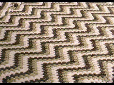 Como Tejer Colcha Con Puntada Zig Zag Tricolor a crochet - YouTube