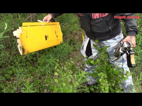 RC flying and a crash in the trees - Sonic .25 - Trex450 - Spacewalker - 90mm EDF glider