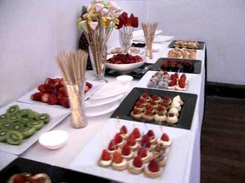 Mesa dulce de cascada de chocolate para fiestas mi chelito for Mesas dulces para eventos