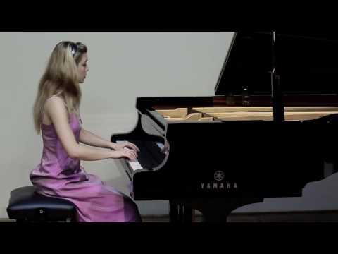 Giulia Rossini - Mozart piano sonata K330 - I mov