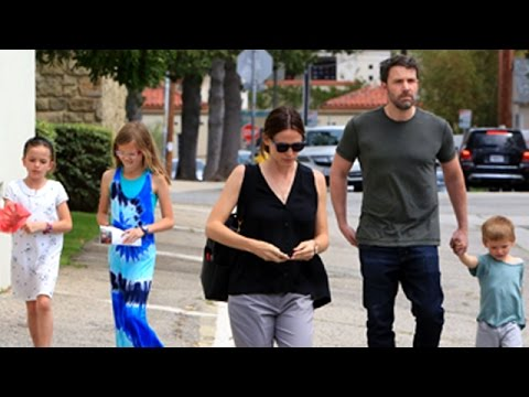Ben Affleck Attending Sunday Services With Jennifer Garner And The Children