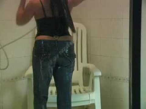 Shake ass amatuer video two girls showering