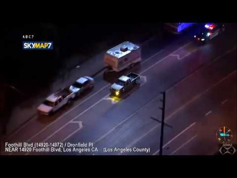 Police chase suspect & His Dog In San Fernando