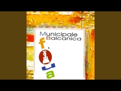 municipale balcanica god is a gypsy intro
