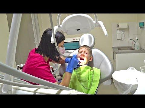У стоматолога / Лечим Марку зубы