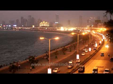Mumbai's Marine Drive by night!