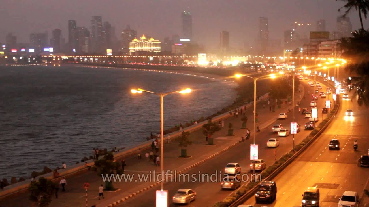 Mumbai's Marine Drive by night! - YouTube