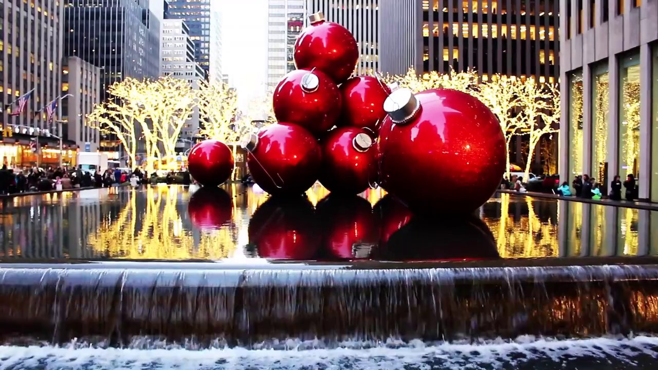 It\'s Christmas Time in the City | NYC - YouTube