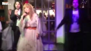 Пугачева станцевала под ремиксы Алишера
