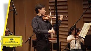 Daniel Lozakovich - Bach (Interview)