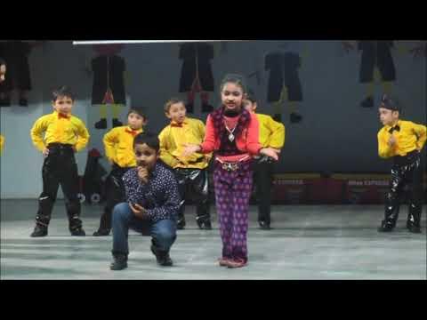 Chota Bacha Jaan Ke Na Koi Aankh Dekhana Re | Best Kids Dance | Toddlers World Graduation Day 2016