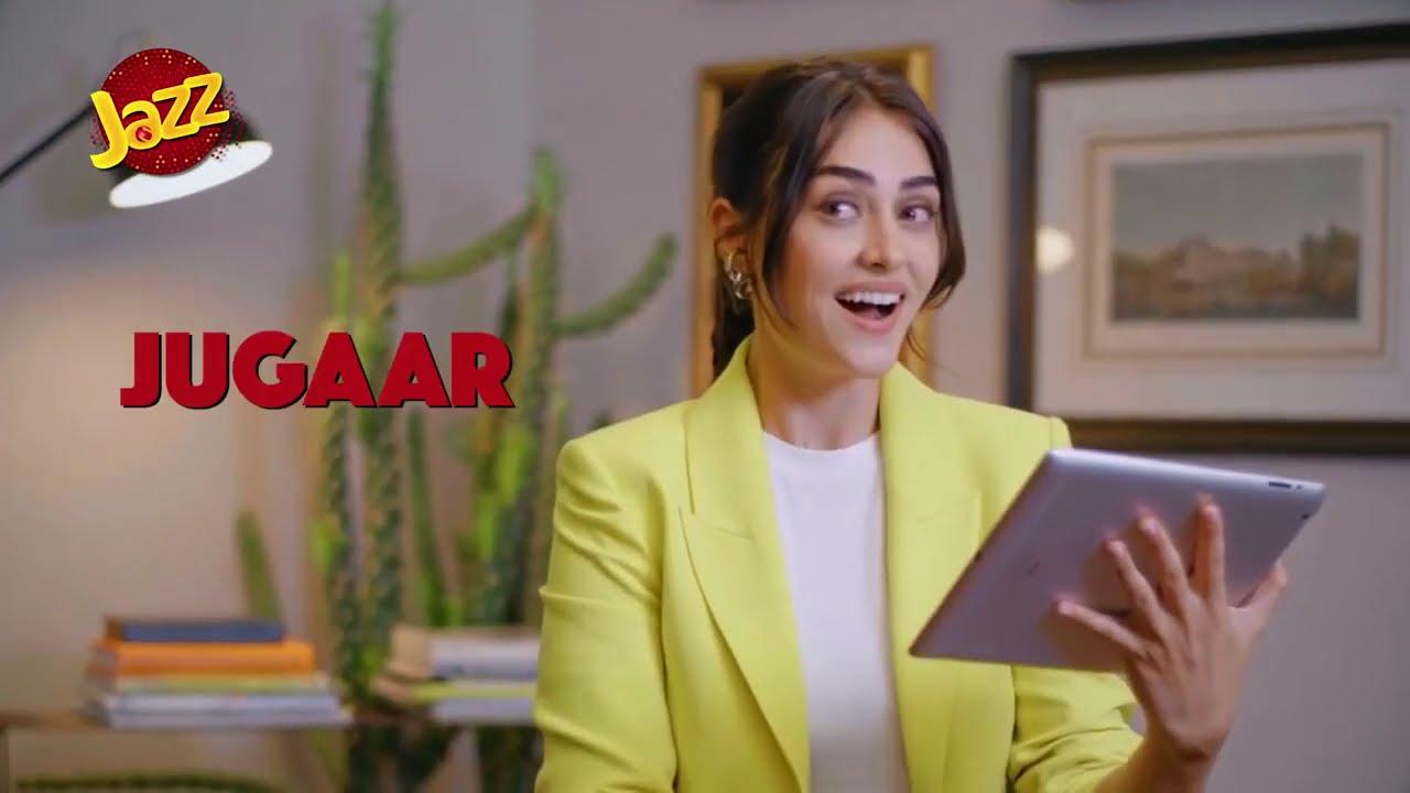 Halima Sultan (Esra's Bilgic) New Video Of Learning Urdu Words | Jazz Ads | Historical TV