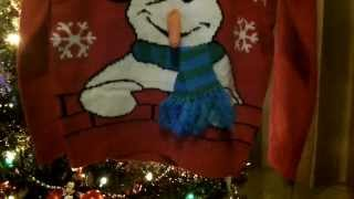 novelty christmas jumper for children: features funny snowman design