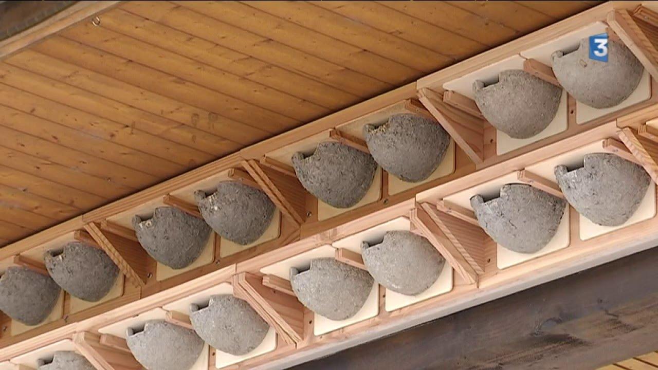 Des nids artificiels pour les hirondelles de fen tre for Fabriquer une moustiquaire pour fenetre