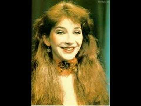 Kate bush - Hammer Horror Demo