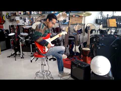 Nima trying out Fender Stat Squier !!