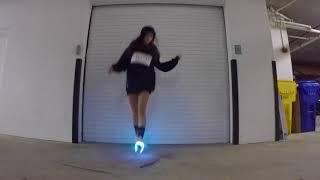 Танцует Шафл   Shuffle + светящиеся кроссовки