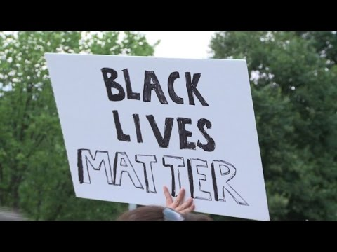 'Black Lives Matter' protests turn deadly in Dallas