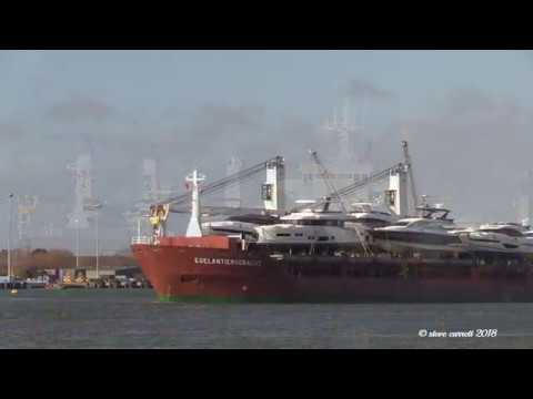 Dutch General Cargo Ship 'Egelantiersgracht' with cargo of 8 Luxury Yachts  15/02/18