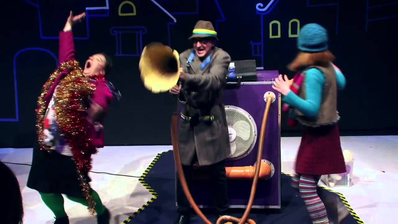 Kindertheater: Till Eulenspiegel rettet Weihnachten - YouTube