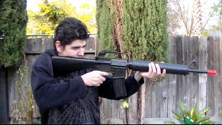 M16 A2 spring powered air soft gun, review and shooting video