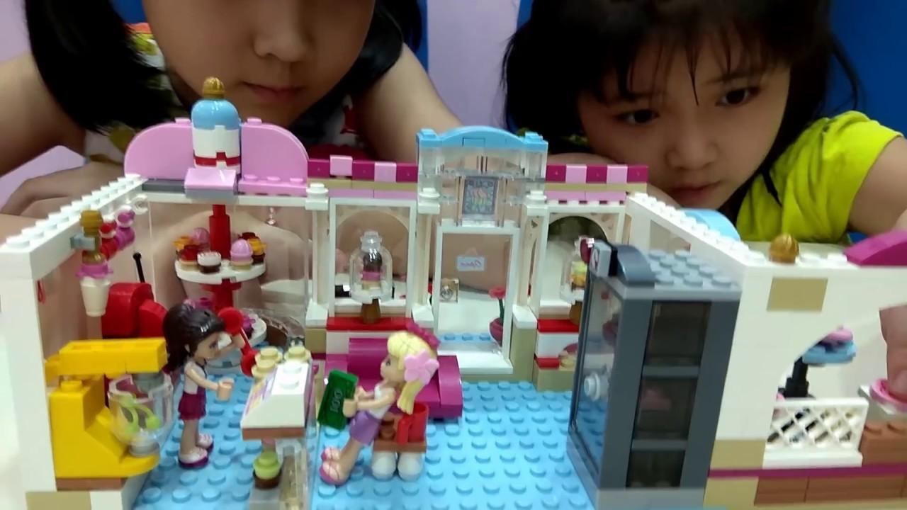 MỞ BỘ ĐỒ CHƠI LEGO FRIEND VỚI THIẾT KẾ CỦA TIỆM BÁN BÁNH CUPCAKE & CÀ PHÊ PHA SẴN SIÊU NGON !