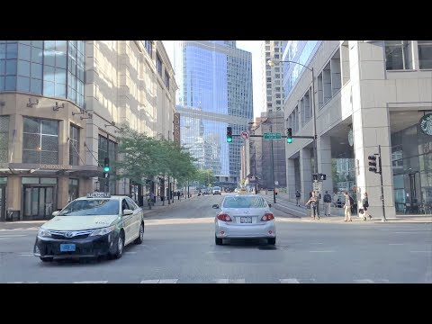 Driving Downtown - Wabash Avenue - Chicago USA