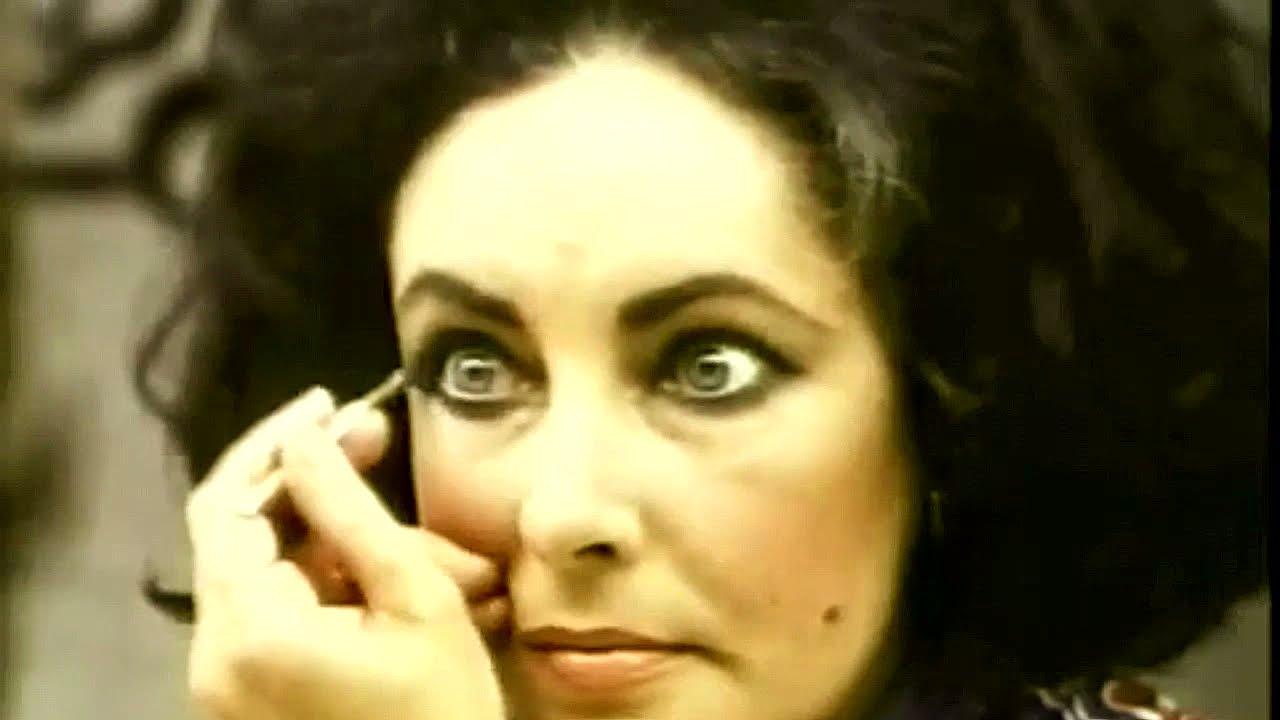 Elizabeth Taylor Makes Up Her Eyes Youtube