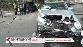 Լուսակիրի բացակայության պատճառով հերթական խոշոր ավտովթարը Երևանում  բախվել են Mercedes ն ու Opel ը