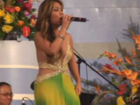 Minh Tuyet Live in Carthage Missouri 2007