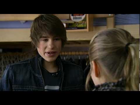 Jeremy Mockridge als Nico Zenker