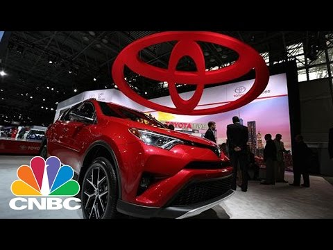 Donald Trump Tweet Targets Toyota Cars Made In Mexico | Squawk Box | CNBC