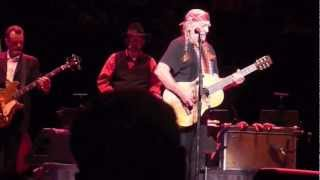 Watch Willie Nelson Me And Bobby Mcgee video