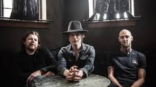 Slow (Acoustic) The Fratellis