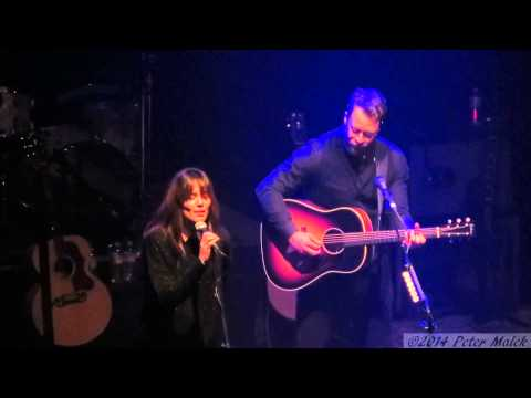 Amos Lee - Black River (feat. Priscilla Ahn) (Live at the Wiltern - 2-21-14)