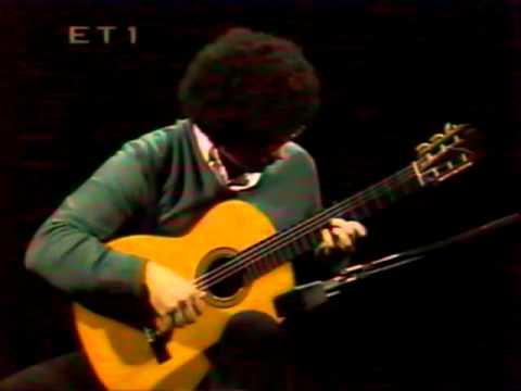 Evangelos Boudounis - Classical Guitar Recital - Greek TV [M.Llobet-Canco del Lladre]