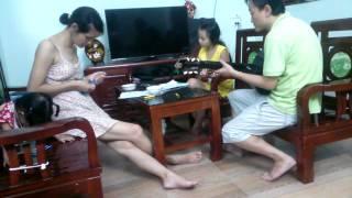Sầu Tím Thiệp Hồng - Bolero (Guitar - Ukulele và...Lược). Nhóm nhạc gia đình...K' K'
