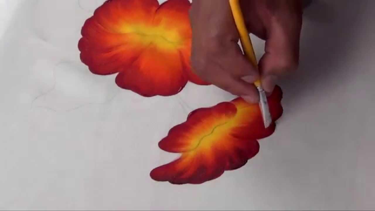 Flor de cucarda pintada en tela 1 2 youtube - Flores de telas hechas a mano ...