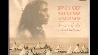 Grass Dance Song - Powwow Songs Music of The Plains Indians