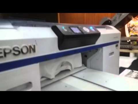 Demo Mesin Sablon Kaos printer DTG Epson F2000