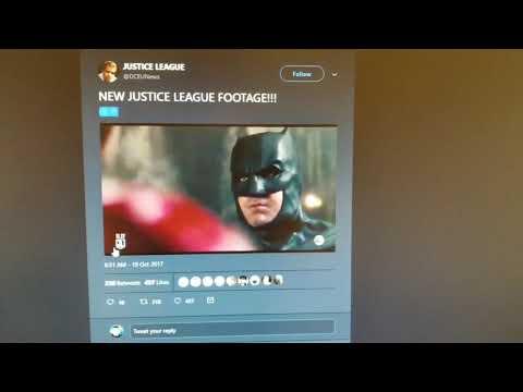 Batman Mentoring Flash in Justice League