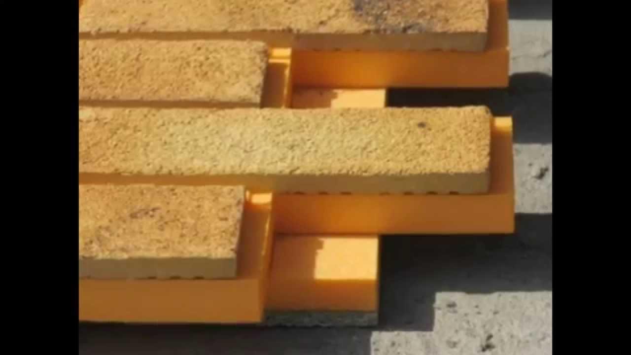 Производство и продажа полиуретанового индустриального клея для изготовления сэндвич панелей периодическим и непрерывным способом. Однокомпонентные и двухкомпонентные полиуретановые клеевые системы.