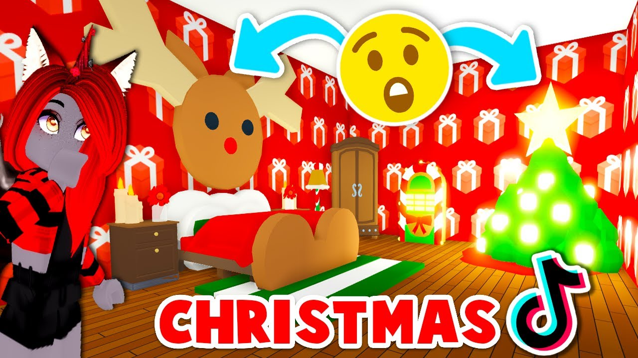 Creating A Christmas House With Tik Tok Hacks Only In Adopt Me Roblox Youtube